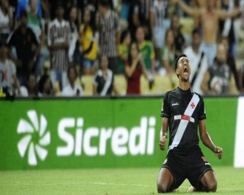 Vasco vence Fluminense e vai para final do Campeonato Carioca