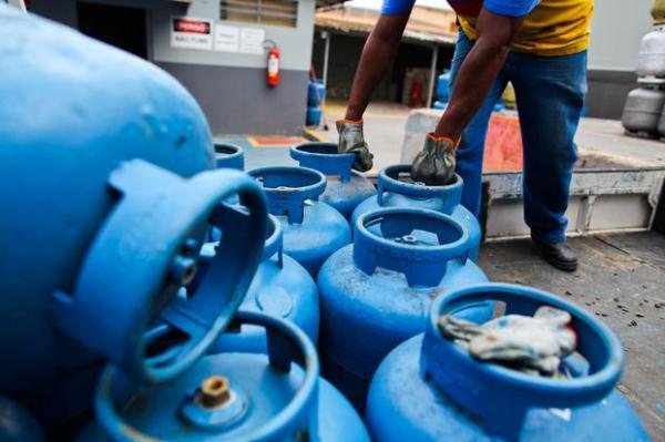 Petrobras anuncia redução do preço do botijão de gás