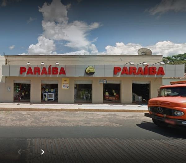 Bandidos rendem funcionários e roubam loja do Paraíba em Barro Duro