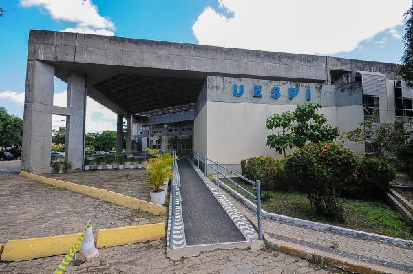 Abertas inscrições do vestibular da UAB com 50 vagas disponível para Agricolândia